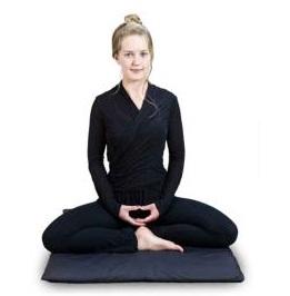 бирманская поза для медитации