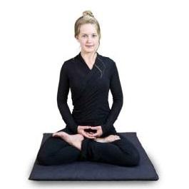 поза для медитации полный лотос