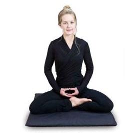 поза для медитации четверть лотоса
