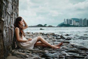 5 плохих привычек, которые делают людей несчастными